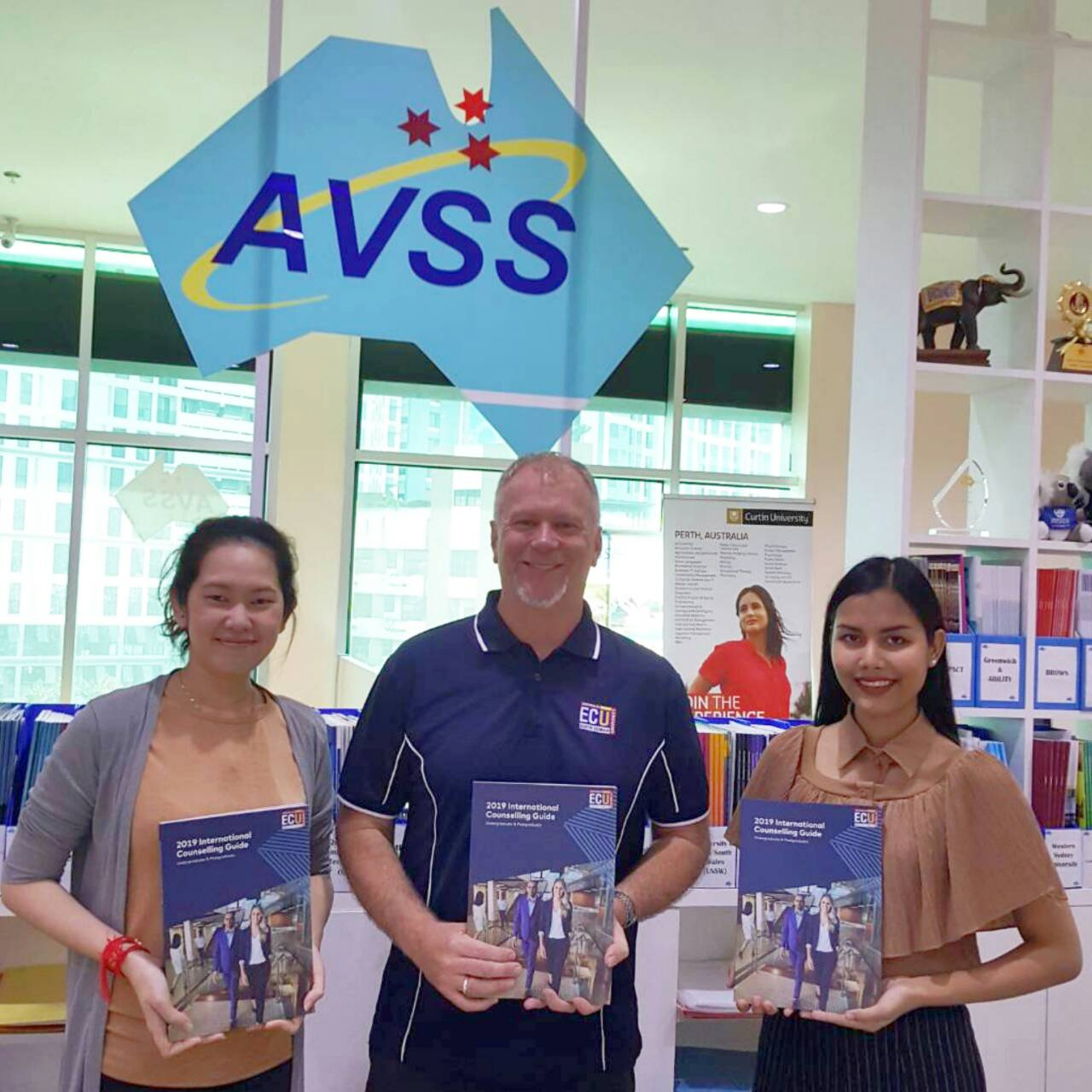 Institute & University Visiting (Bangkok)